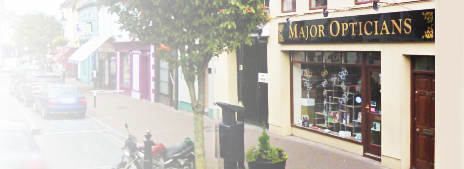 Major Opticians in Carrick-on -Suir shopfront